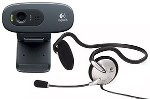 Logitech C270 HD Webcam, HD 720p/30fps, Widescreen HD Video Calling, HD Light Correction, Noise-Reducing Mic, for Skype, FaceTime, Hangouts, WebEx, PC/Mac/Laptop/MacBook/Tablet - Black price in India.
